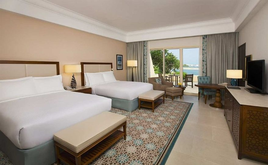 2 Double Beds Superior Room with Sea View