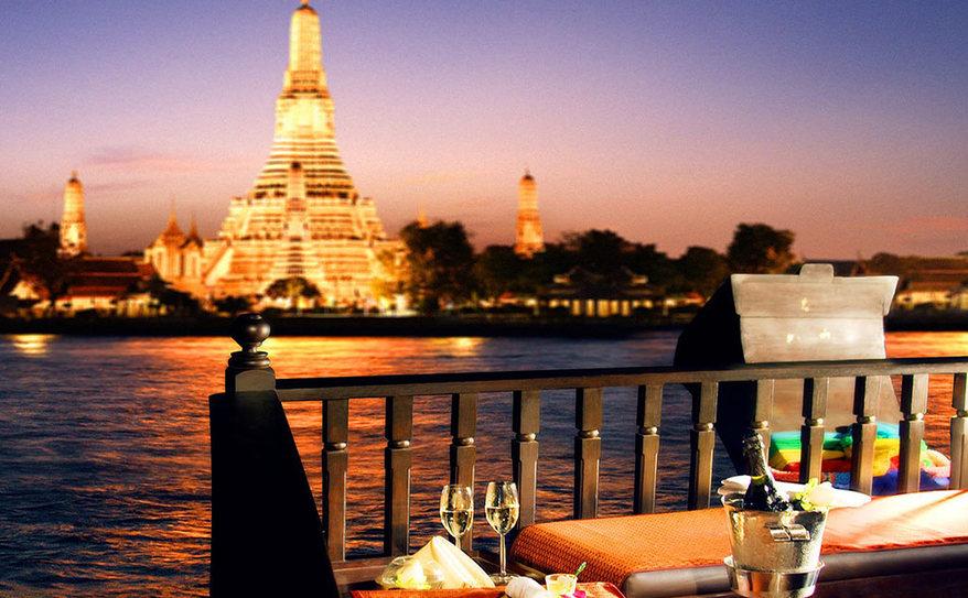 Banyan-Tree-Bangkok-Activities-ApsaraDinnerCruise