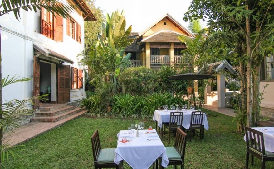 Satri House Garden Dining