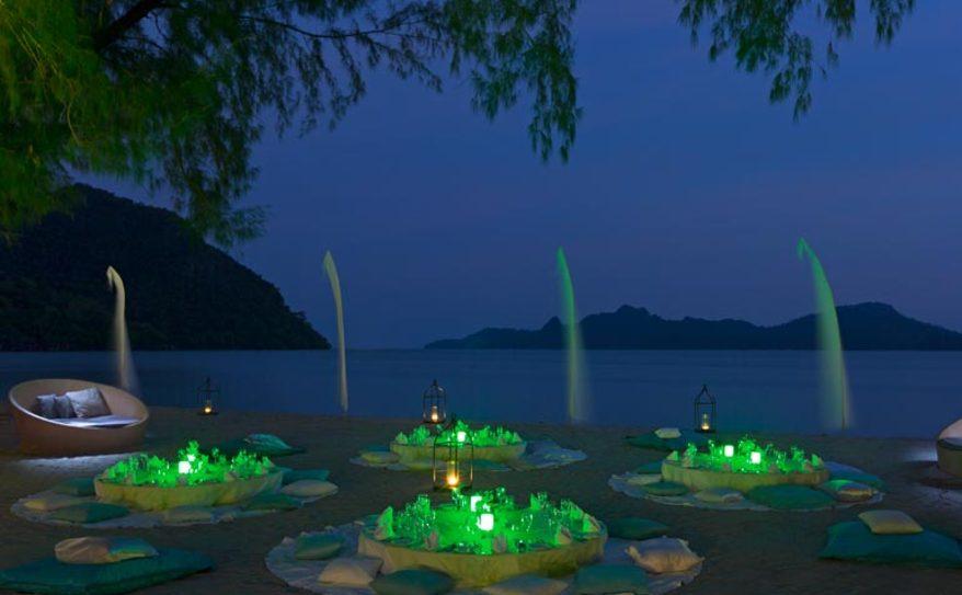 Special Dining - Beach Dinner 1
