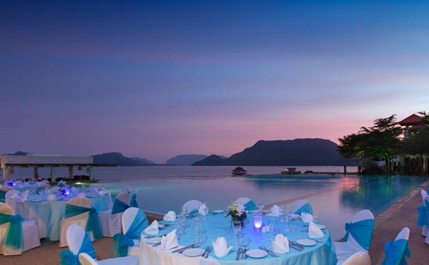 Special Dining - Poolside Dinner