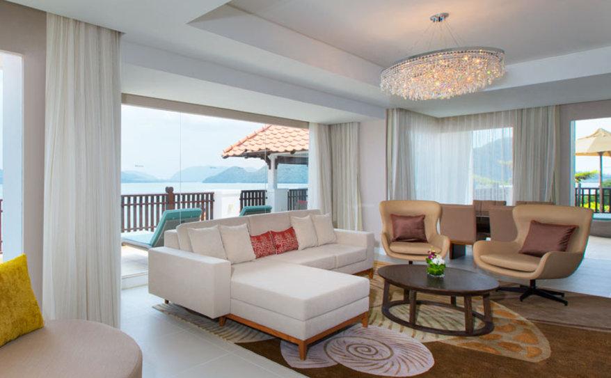 Two Bedroom Ocean Facing Suite - Living Area