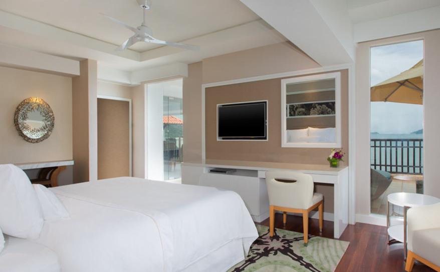 Two Bedroom Ocean Facing Suite - Master Bedroom
