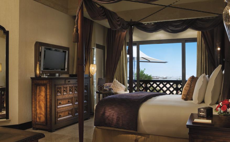 Sharq Village & Spa King Suite