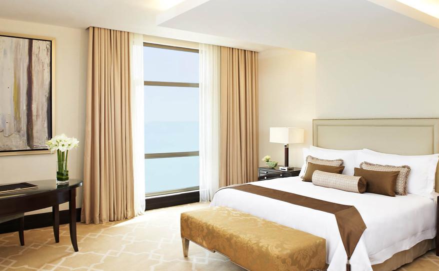 Empire Suites bedroom