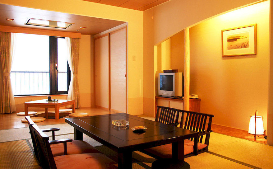 In-Room Dining 1