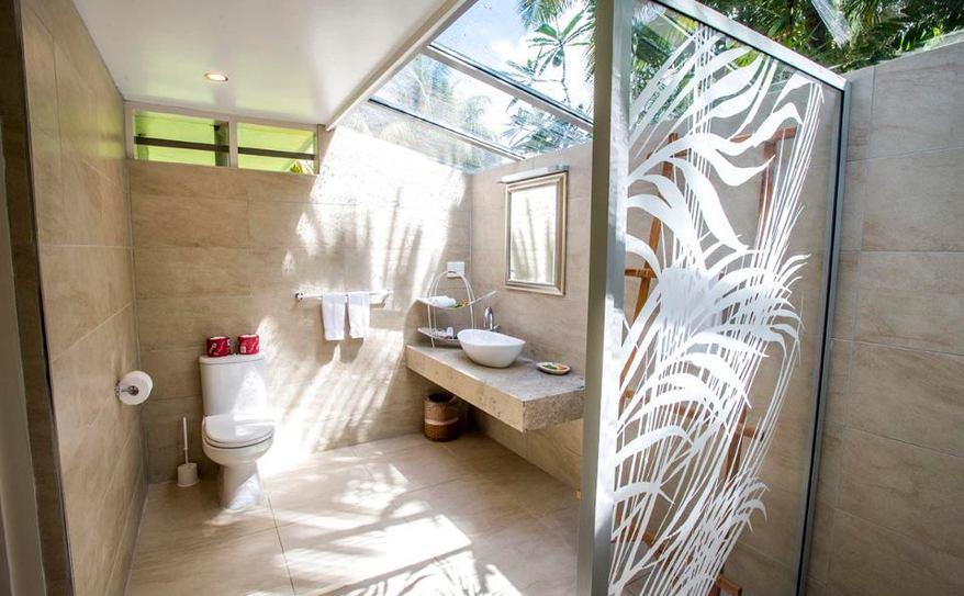 Garden View Villa Bathroom