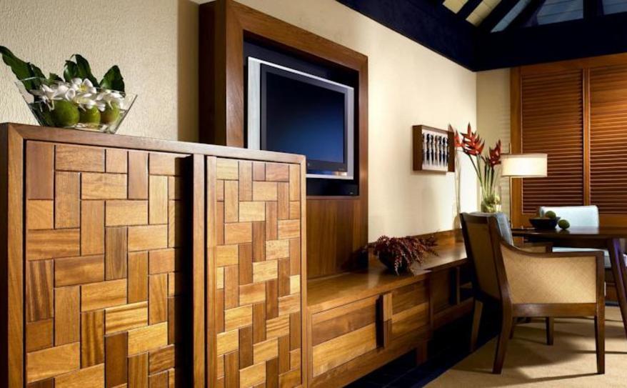 Tropical Garden Room