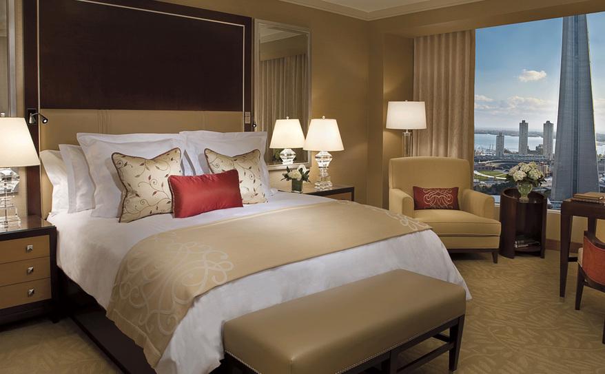 Luxury Deluxe Guest Room