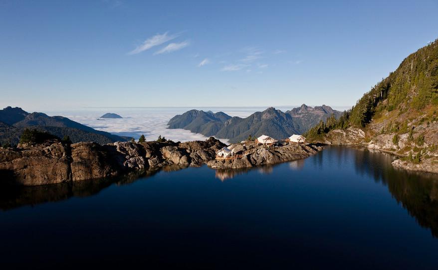 cloud_camp_lake_reflection