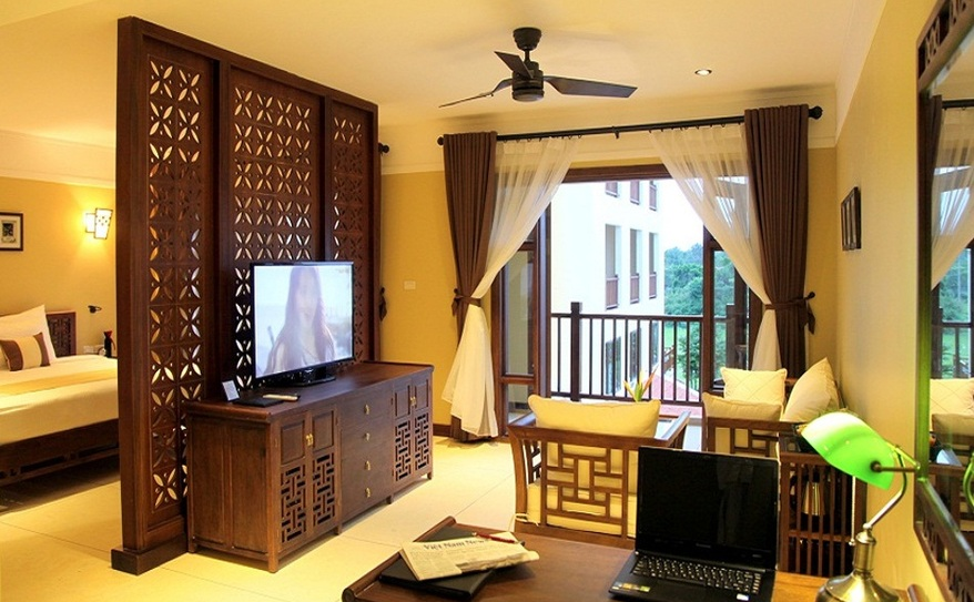 Essence Suite