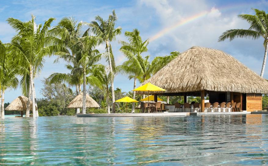 Fare Hoa Beach Bar