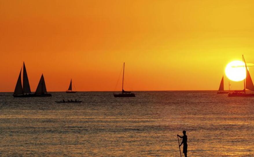 Star of Honolulu 3 Star Sunset Dinner Cruise