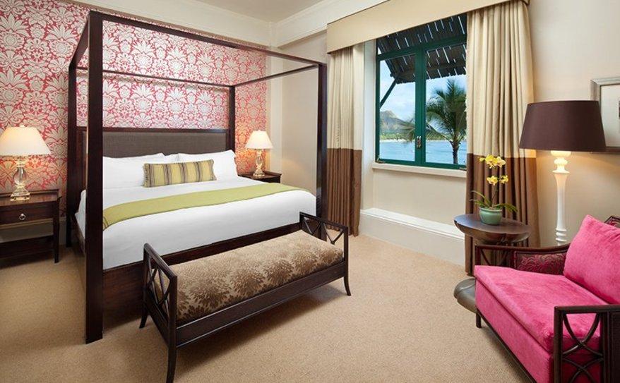 Royal Hawaiian Suite