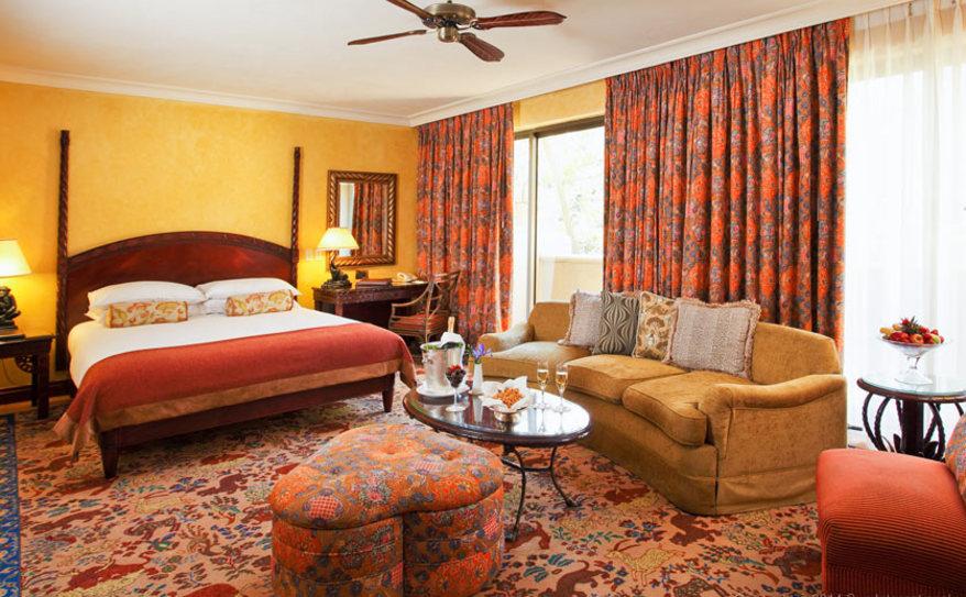 Superior Luxury Pool Facing Room