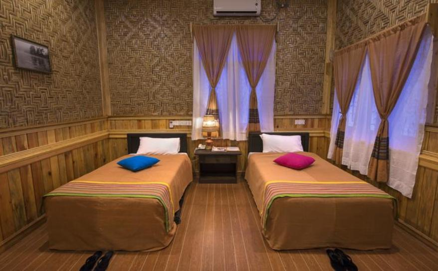 Budget Twin Room with aircon